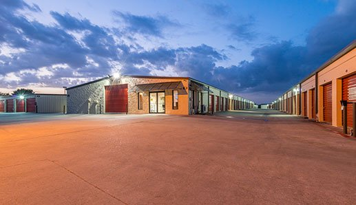 105 West Montgomery TX Location
